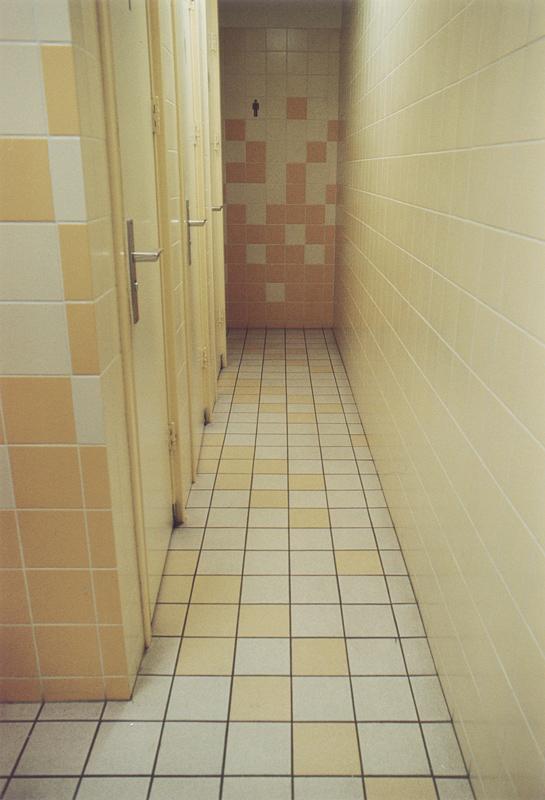 inrichting en kleuren toiletruimte